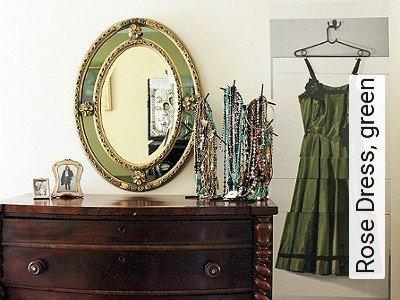 Bild: Tapeten - Rose Dress, green